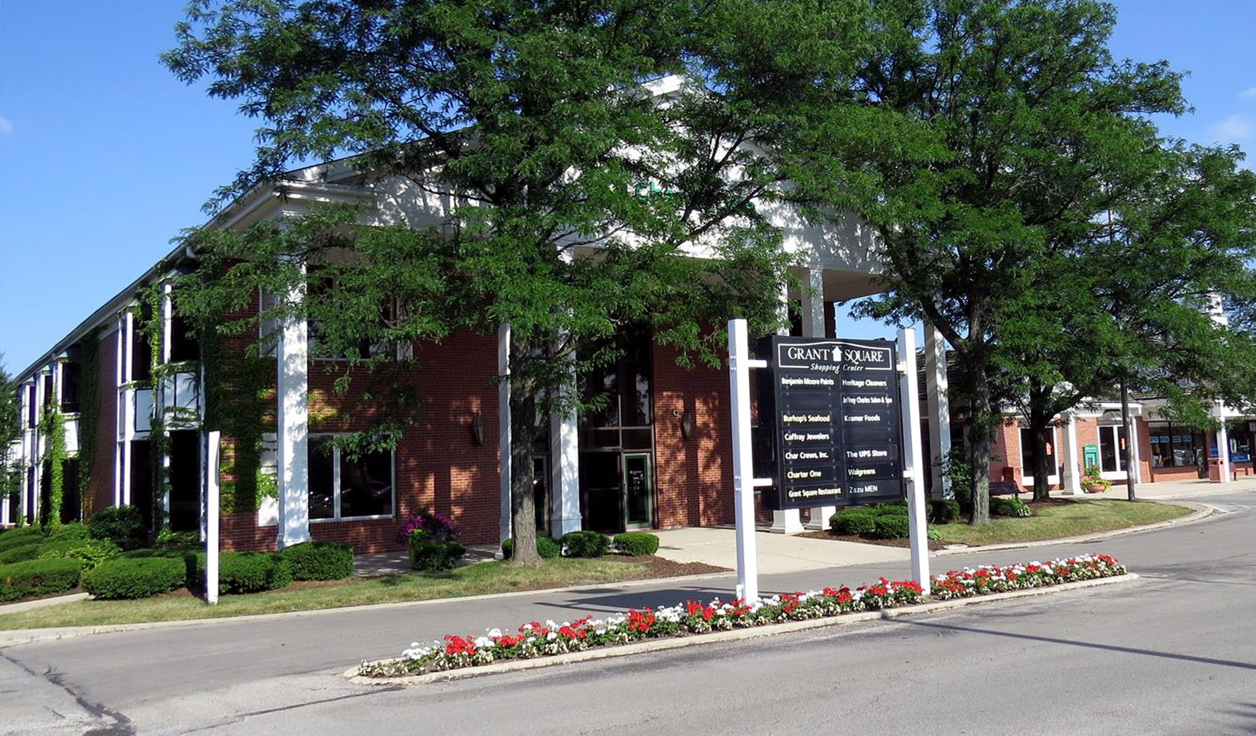 1 Grant Square Hinsdale, Illinois